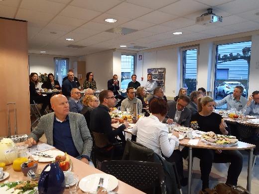 """Druk bezochte ontbijtsessie """"Fiscale Tips 2019, Belastingplan 2020 en Arbeidsrecht veranderingen (WAB)"""" op 7 november 2019"""